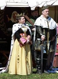 Gregor and Kiena standing