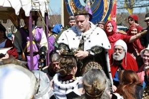 Gregor crowns Kiena