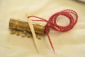 Eibhlin an Fraoch, needle case and needle