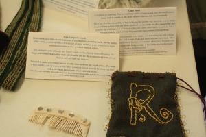 Sorcha Dhocair imghean ui Ruairc, 10th century Irish, Bone composite comb, comb pouch