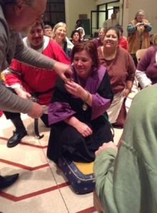 Isabella receives Maunche - photo by Katherine O'Brien