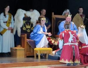 Their Majesties meet the combatants