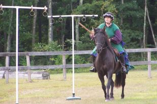 Mistress Sylvia du Vey at EK Equestrian champs, 2014 - photo by Mistress Brita