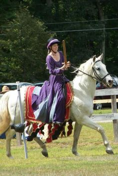 Baroness Alanna of Skye at EK Equestrian Champs 2014, photo by Mistress Brita
