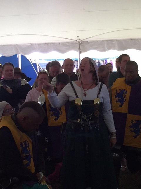 Aneleda Falconbridge leads the unbelted fighters in song.
