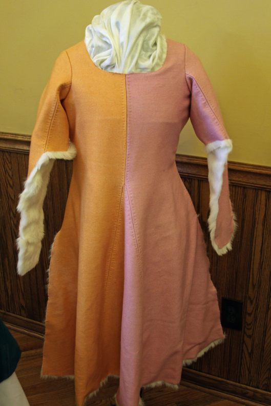 Baroness Katheryn's entry included this dress, dyed using natural dyes in a dye oven she built