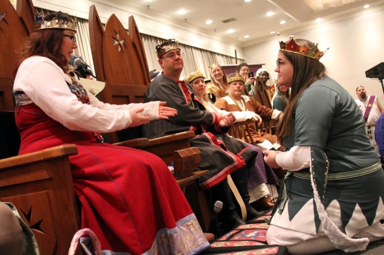 Keziah, Baron Stonemarche, receives their Maunche