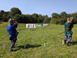 Pennsic 2019 archery, advancing soldier populace shoot.